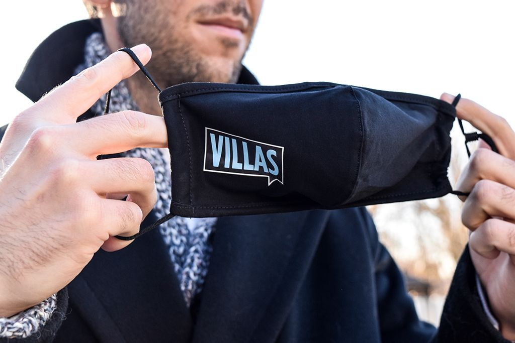 Mask with Villas logo